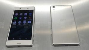 Sony Xperia X и XA