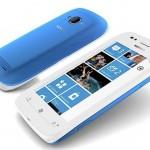 Очередной телефон с быстрым доступом к социальным сетям - Nokia Lumia 710