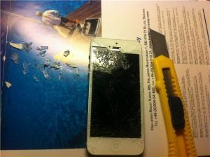 осколки стекла айфон 5