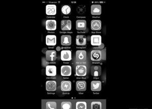 Как включить черно-белый режим на айфоне