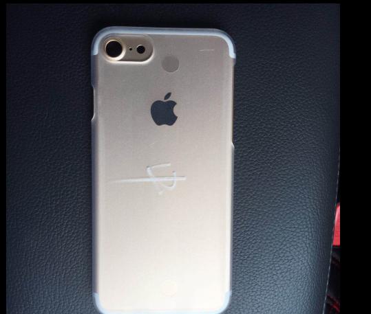 """Новые фото утечки подтвердили: iPhone 7 все же будет без входа 3.5"""""""
