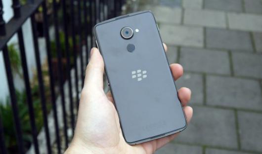 Смартфон BlackBerry DTEK60 - описание и характеристики