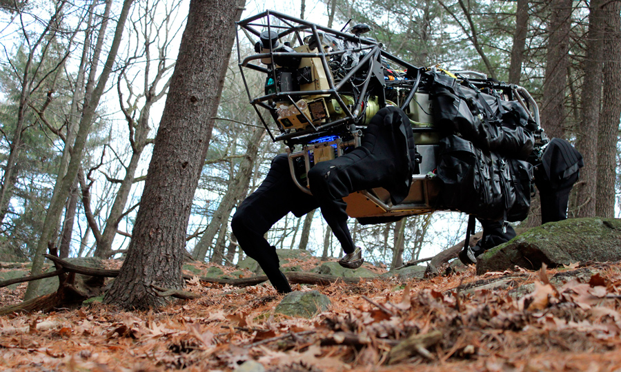 Робот Boston Dynamics фото